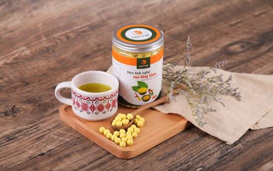 Thành phần trong viên tinh nghệ sữa ong chúa Quê Việt có tác dụng gì?